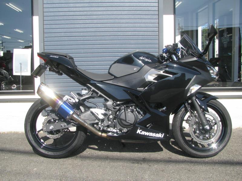 中古車バイク カワサキ NINJA400(ABS付) ブラック みぎ側