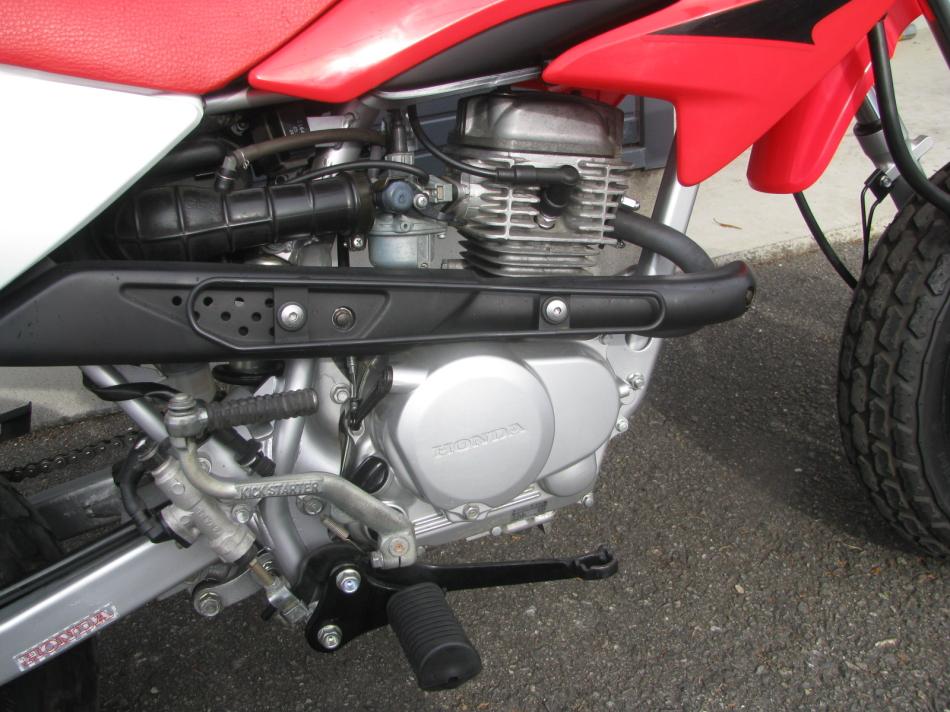 中古車バイク ホンダ XR50モタード(XR50motard) レッド エンジン