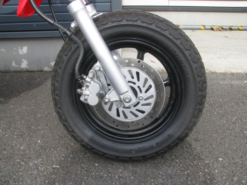 中古車バイク ホンダ XR50モタード(XR50motard) レッド フロントタイヤ