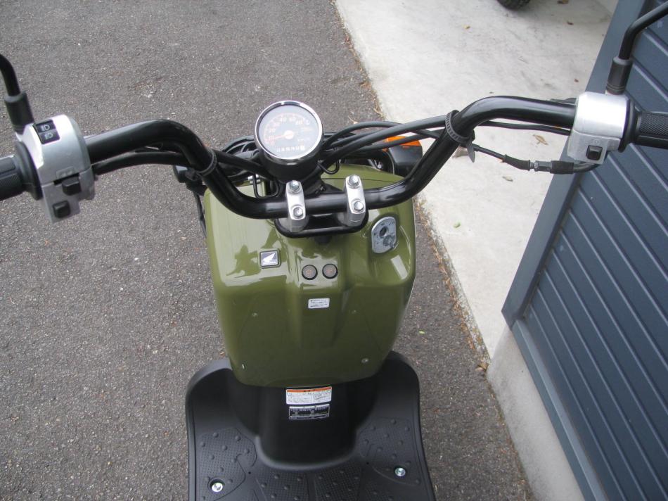 中古車バイク ホンダ ズーマー(ZOOMER) グリーン ハンドル回り