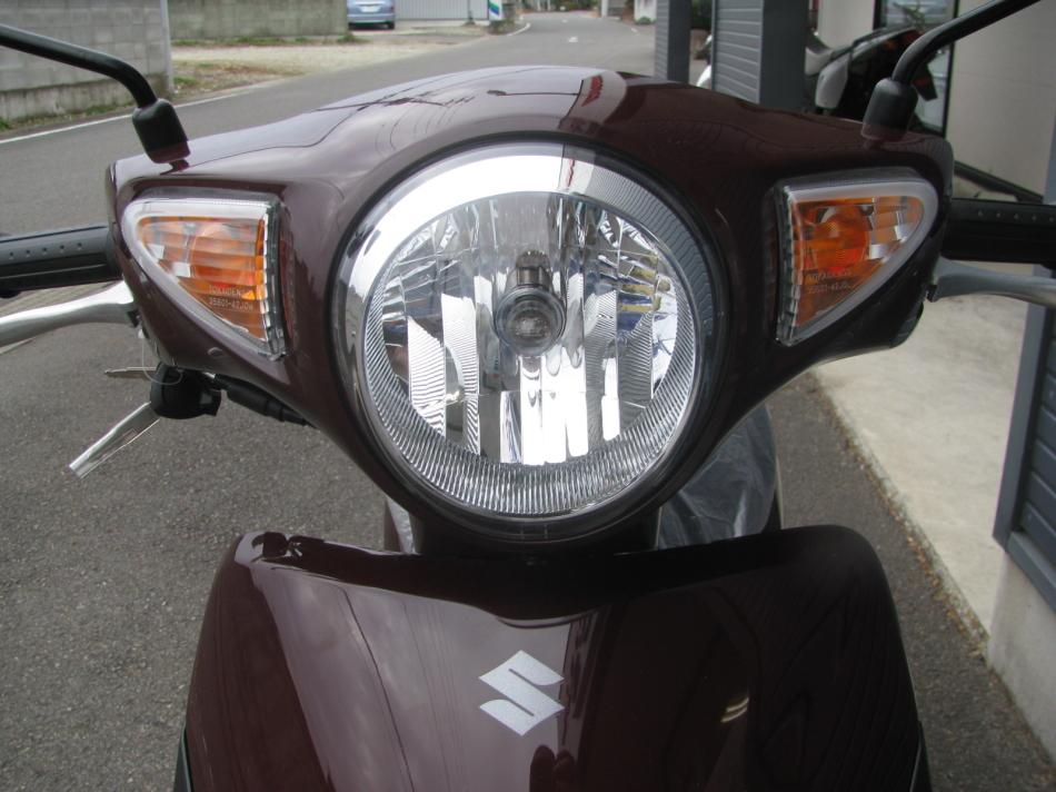 新車バイク スズキ レッツ ブラウン 2020年モデル ヘッドライト&ウィンカー