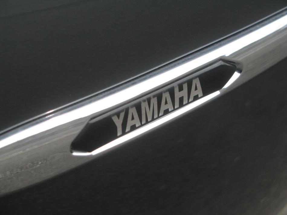 中古車情報 ヤマハ FJR1300AS グレイ パニアケースエンブレム