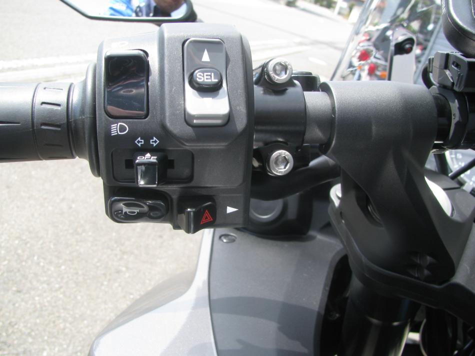 中古車情報 カワサキ NINJA1000 ABS ブラック ハンドルスイッチ