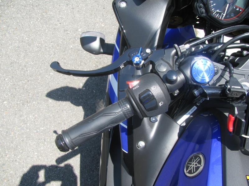 中古車 ヤマハ YZF-R25 ブルー(青) ハンドル左側