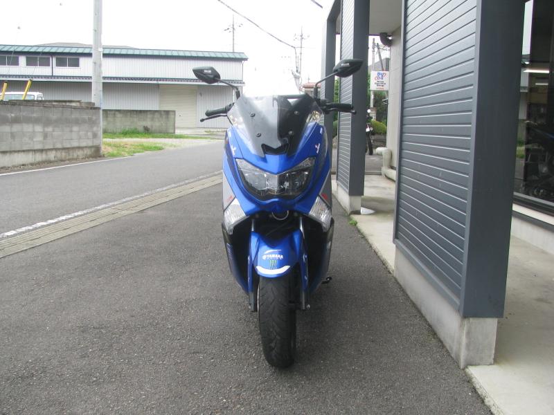 中古車 ヤマハ NMAX(125) ブルー まえ側