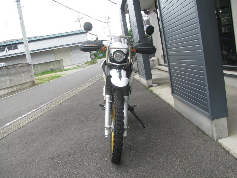 中古車 ヤマハ ツーリングセロー250 グリーン/ホワイト まえ側