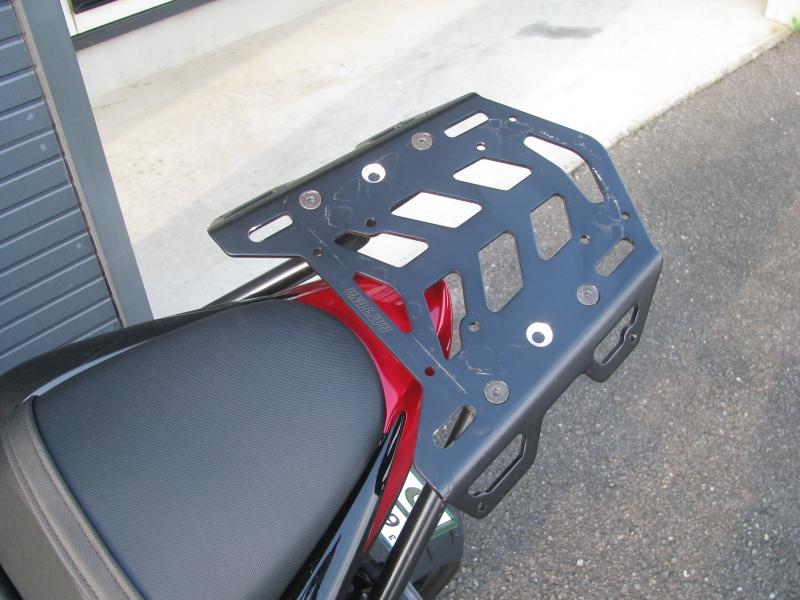 中古車 スズキ GSX-S1000 ABS レッド/ブラック マルチウィングリアキャリア