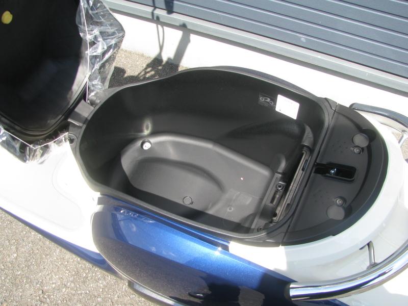 新車 ヤマハ ビーノ(VINO) ブルー シートボックス