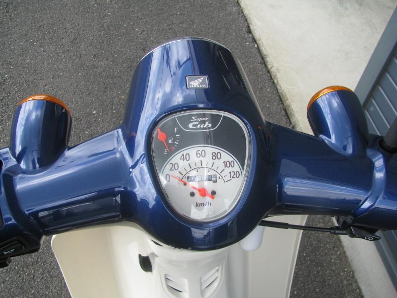 新車 ホンダ スーパーカブ110 ブルー メーターパネル
