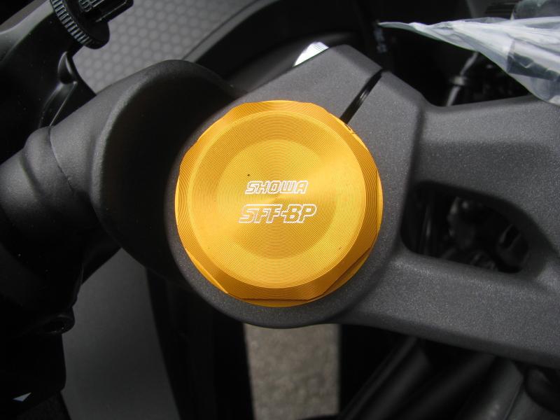 新車バイク カワサキ Ninja ZX-25R ブラック フロントフォークキャップボルト