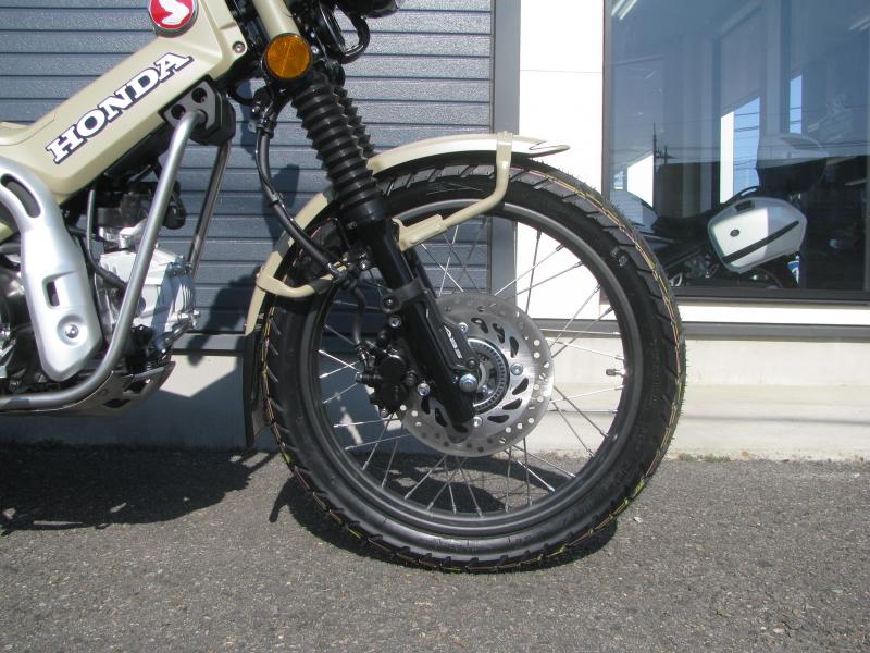 新車バイク ホンダ ハンターカブ(CT125) ブラウン フロントホイール