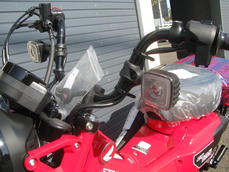 新車バイク ホンダ ハンターカブ(CT125) レッド フロントウィンカー