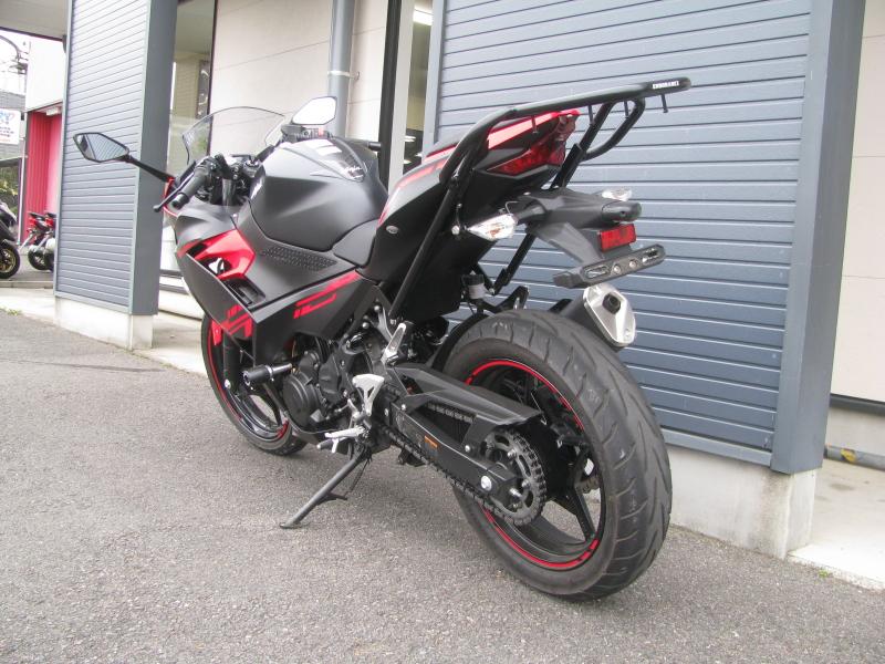 中古車バイク カワサキ Ninja250 レッド/ブラック 左うしろ側