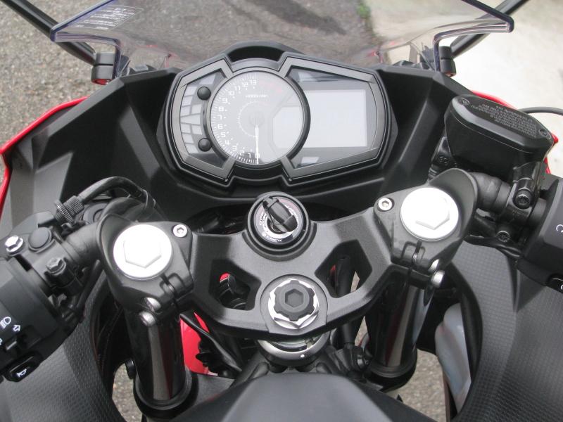 中古車バイク カワサキ Ninja250 レッド/ブラック メーターパネル