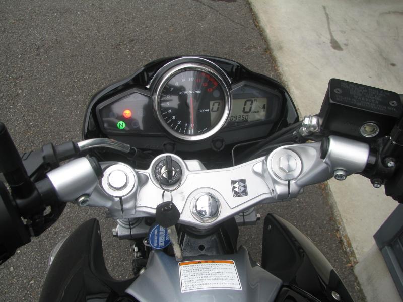 中古車バイク スズキ GSR250 ブラック メーターパネル