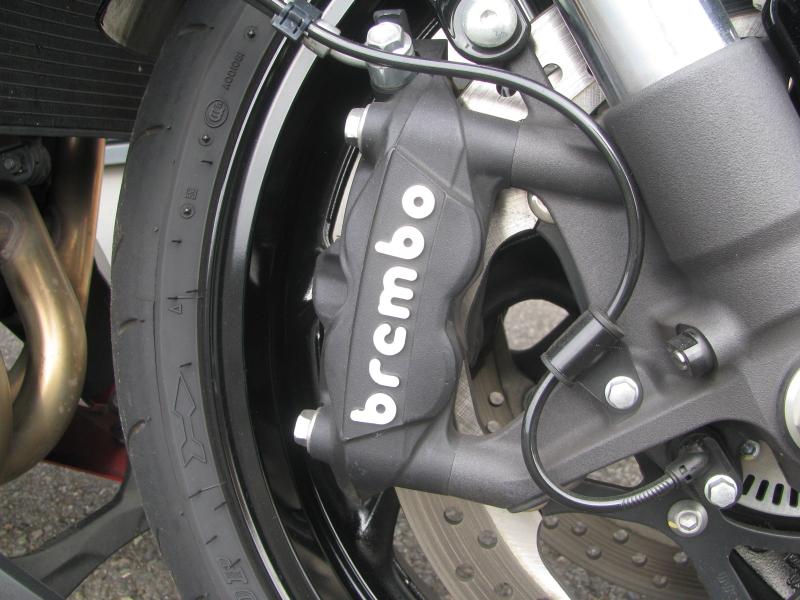 中古車バイク スズキ GSX-S1000 ABS レッド/ブラック ブレンボ社製フロンドブレーキリヤキャリア