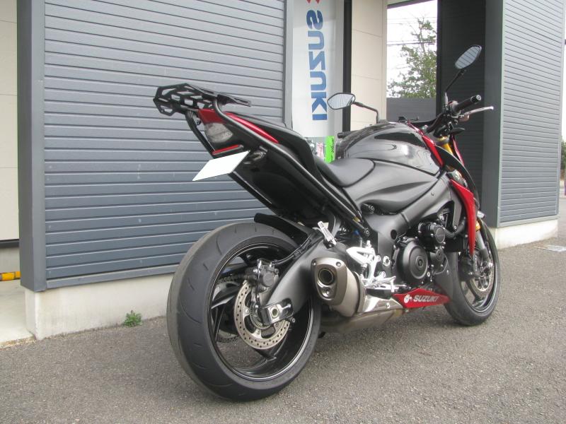 中古車バイク スズキ GSX-S1000 ABS レッド/ブラック 右後ろ側