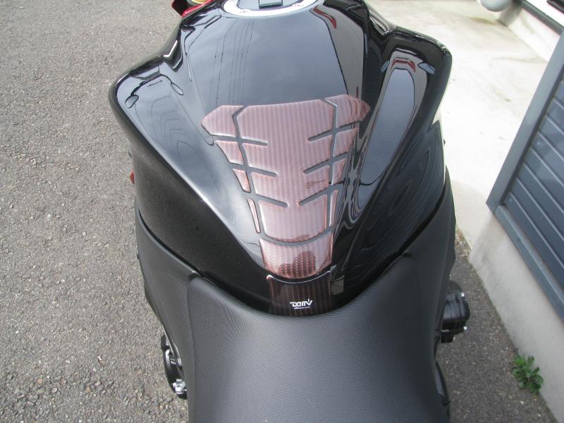 中古車バイク スズキ GSX-S1000 ABS レッド/ブラック タンクパット
