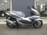 新車バイク ホンダ PCX125 マットシルバー