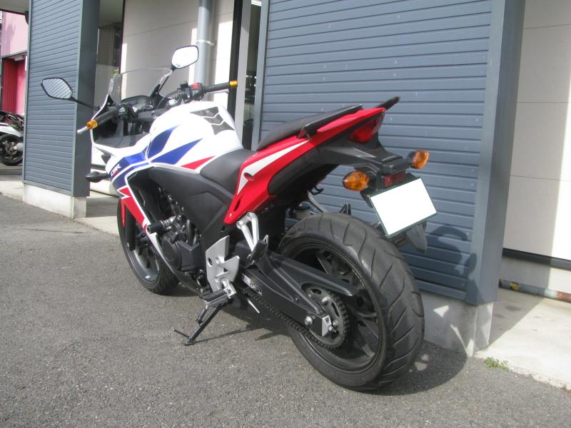 中古車バイク ホンダ CBR400R ABS トリコロールカラー 左後ろ側