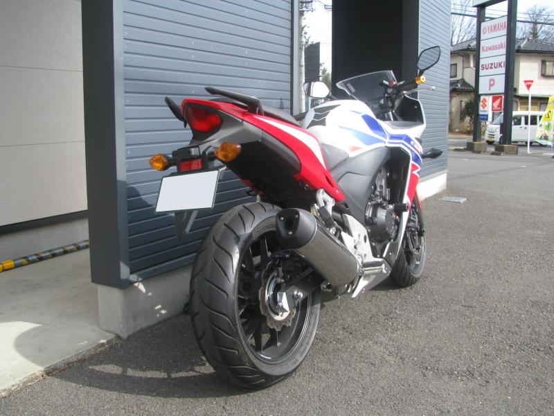 中古車バイク ホンダ CBR400R ABS トリコロールカラー 右後ろ側