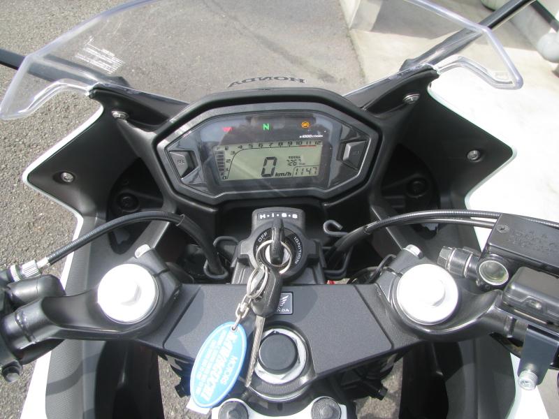 中古車バイク ホンダ CBR400R ABS トリコロールカラー メーターパネル