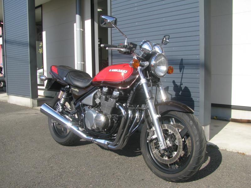 中古車バイク カワサキ ゼファーΧ(ゼファーカイ) ファイナルエディション ブラウン/オレンジ 火の玉カラー 右まえ側