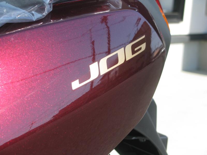 新車バイク ヤマハ JOG(ジョグ) レッド エンブレム