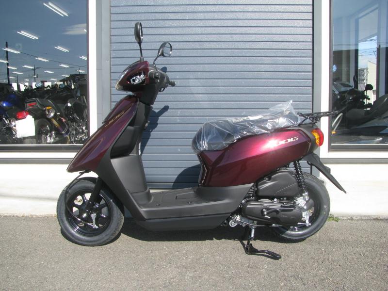 新車バイク ヤマハ JOG(ジョグ) レッド ひだり側