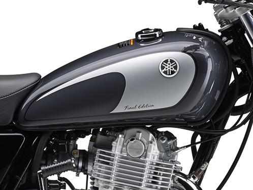 新商品情報 ヤマハ SR400 ファイナルエディション グレイ タンクロゴ