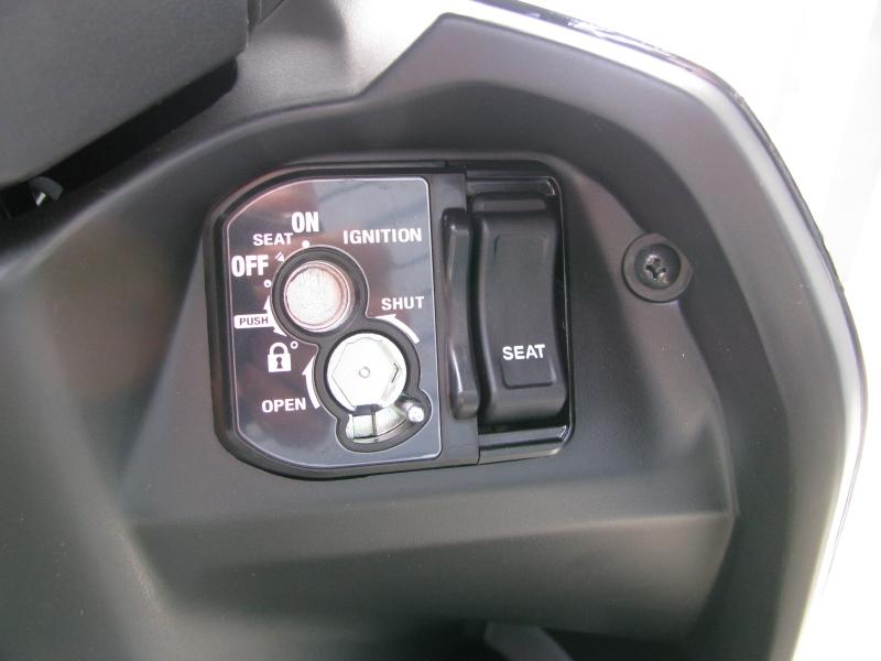 新車 ホンダ TACT(タクト ベーシック) ブラック メインキーシリンダー キーシャッタークローズ