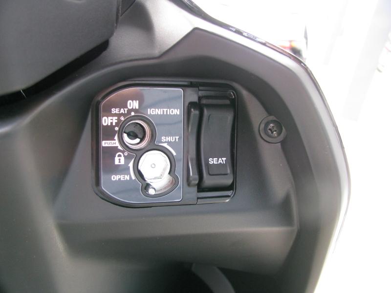 新車 ホンダ TACT(タクト ベーシック) ブラック メインキーシリンダー キーシャッターオープン