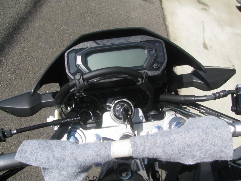 新車 カワサキ KLX230 ブラック メーターパネル