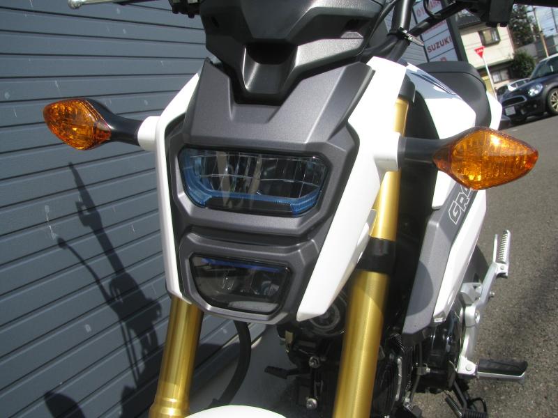 中古車 ホンダ グロム(GROM) ホワイト LEDヘッドライト