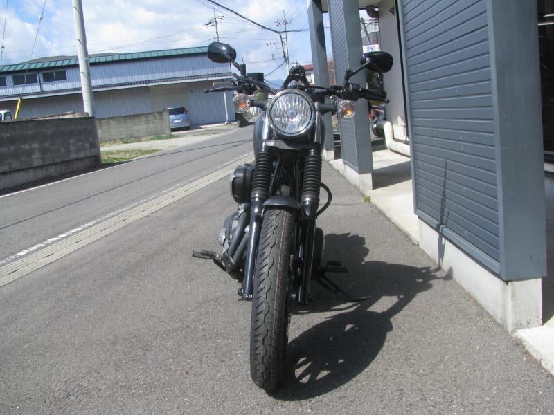 中古バイク ヤマハ BOLT-R(ボルト Rスペック)マットグレイ まえ側
