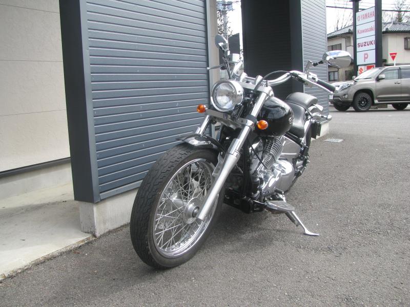 中古車バイク ヤマハ ドラッグスター400 (DS4) ブラック 左まえ側
