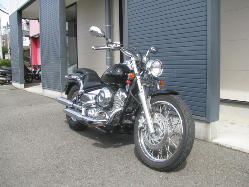 中古車バイク ヤマハ ドラッグスター400 (DS4) ブラック 右まえ側