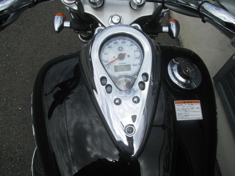 中古車バイク ヤマハ ドラッグスター400 (DS4) ブラック メーターパネル スイッチオン