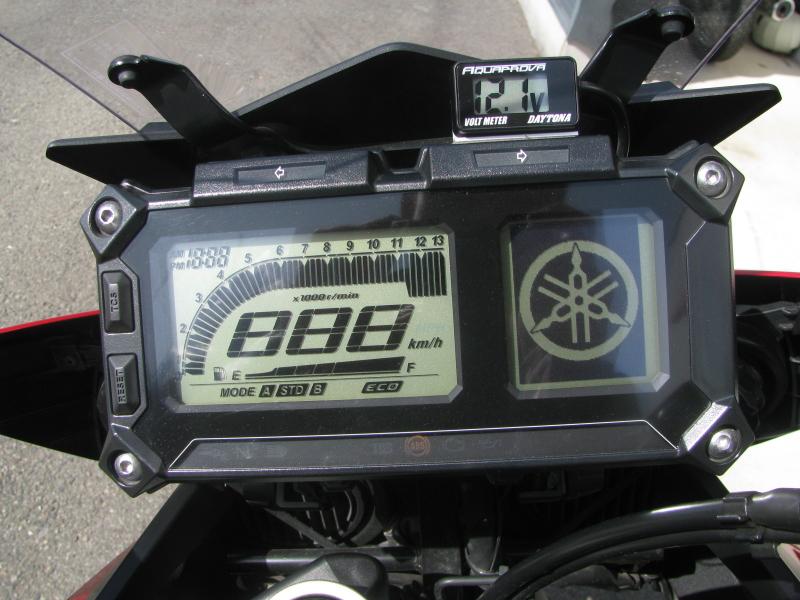 中古車 ヤマハ MT-09 TRACER ABS(トレーサーABS) レッド メーターパネル オープニング