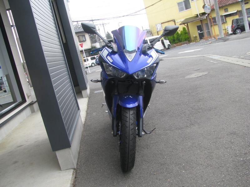 中古車 ヤマハ YZF-R25 ABS ブルー まえ側