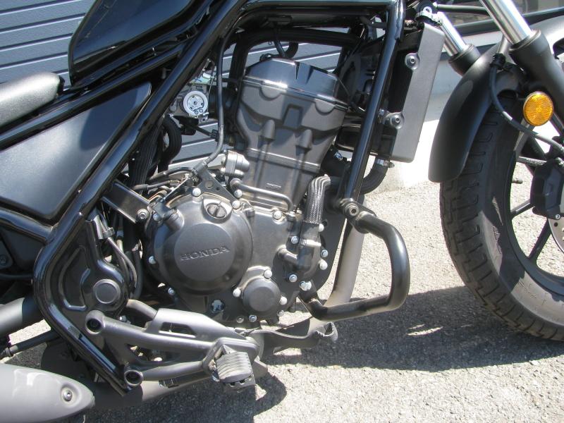 中古車バイク ホンダ レブル250(REBEL250) ブラック エンジン右側