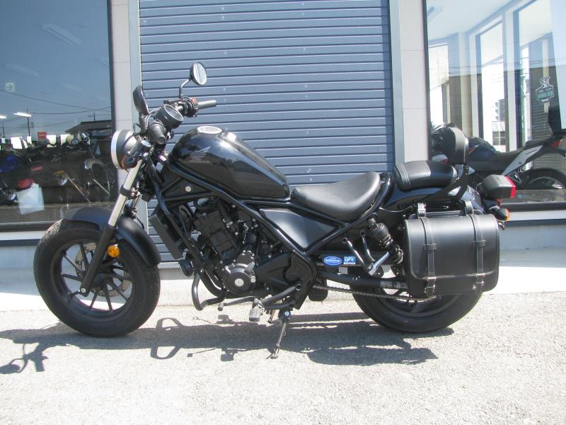 中古車バイク ホンダ レブル250(REBEL250) ブラック ひだり側