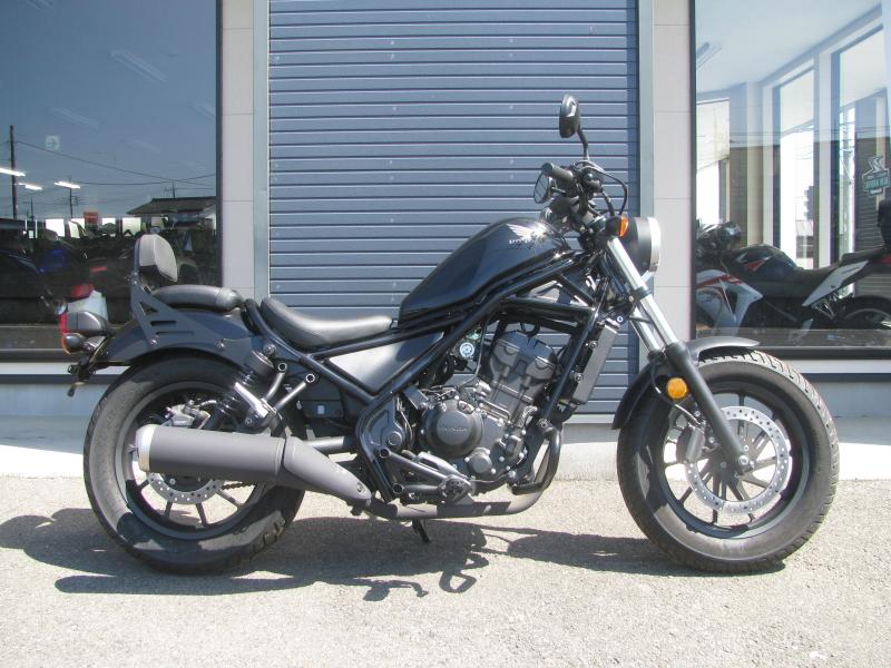 中古車バイク ホンダ レブル250(REBEL250) ブラック みぎ側