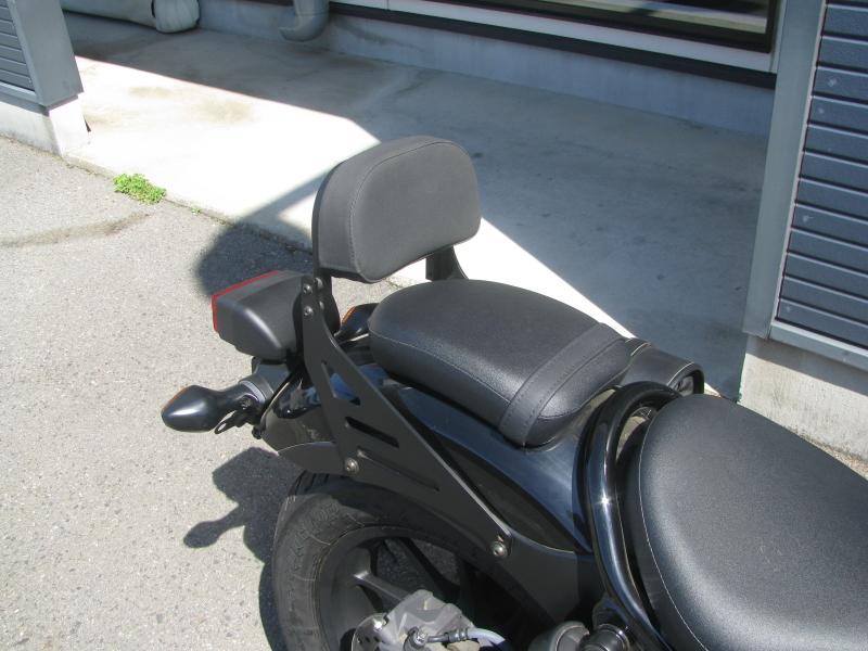 中古車バイク ホンダ レブル250(REBEL250) ブラック タンデムバックレスト