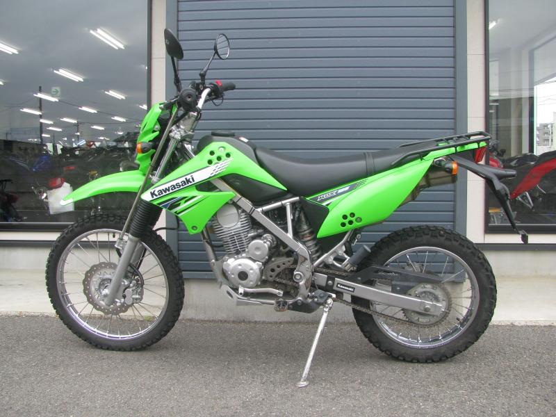 中古車バイク カワサキ KLX125 グリーン ひだり側