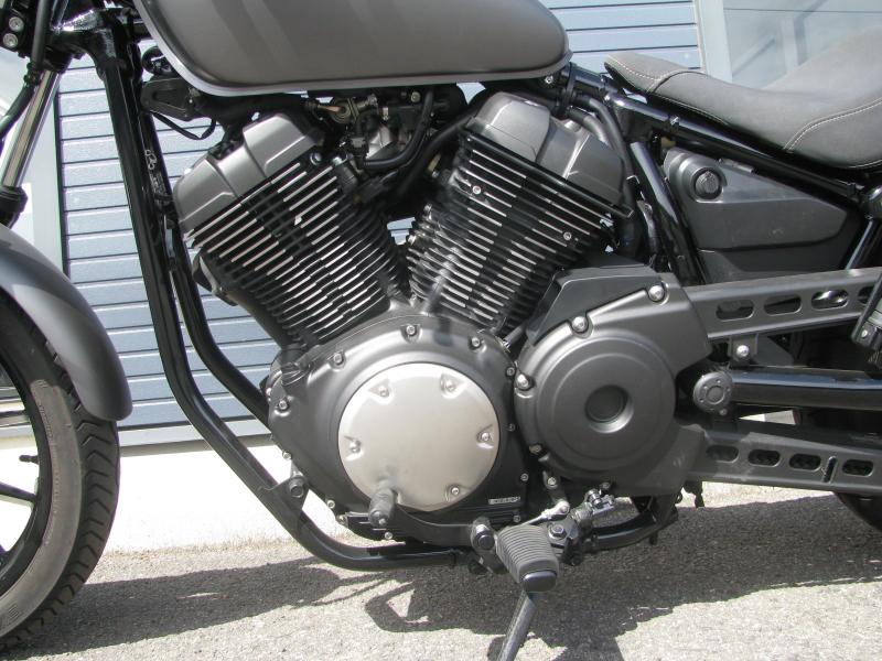 中古バイク ヤマハ BOLT-R (ボルト Rスペック) マットグレイ エンジン左側