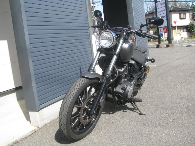 中古バイク ヤマハ BOLT-R (ボルト Rスペック) マットグレイ 左まえ側