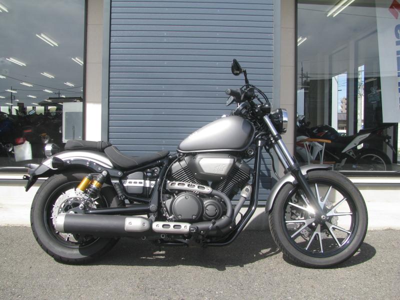 中古バイク ヤマハ BOLT-R (ボルト Rスペック) マットグレイ みぎ側
