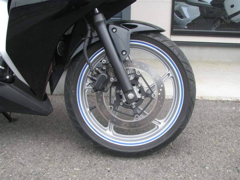 中古車バイク ホンダ CBR250R ブラック フロントホイール