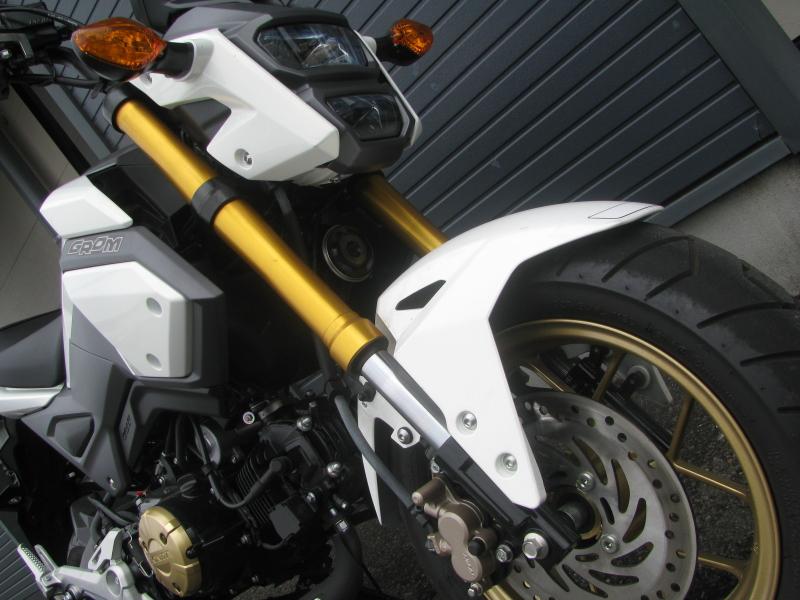 中古車バイク ホンダ グロム(GROM) ホワイト 倒立フロントフォーク